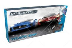 Scalextric - 1/32 Jaguar-McLaren ARC AIR Track Day Set image