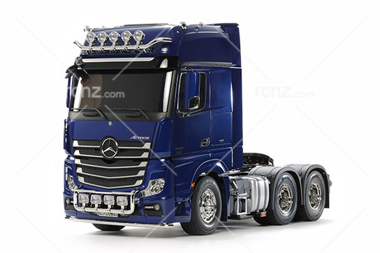 Tamiya - 1/14 Mercedes-Benz Actros 3363 Pre-Painted Pearl Blue Kit image