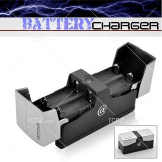 RCNZ - Travel Battery Charger AA & AAA image